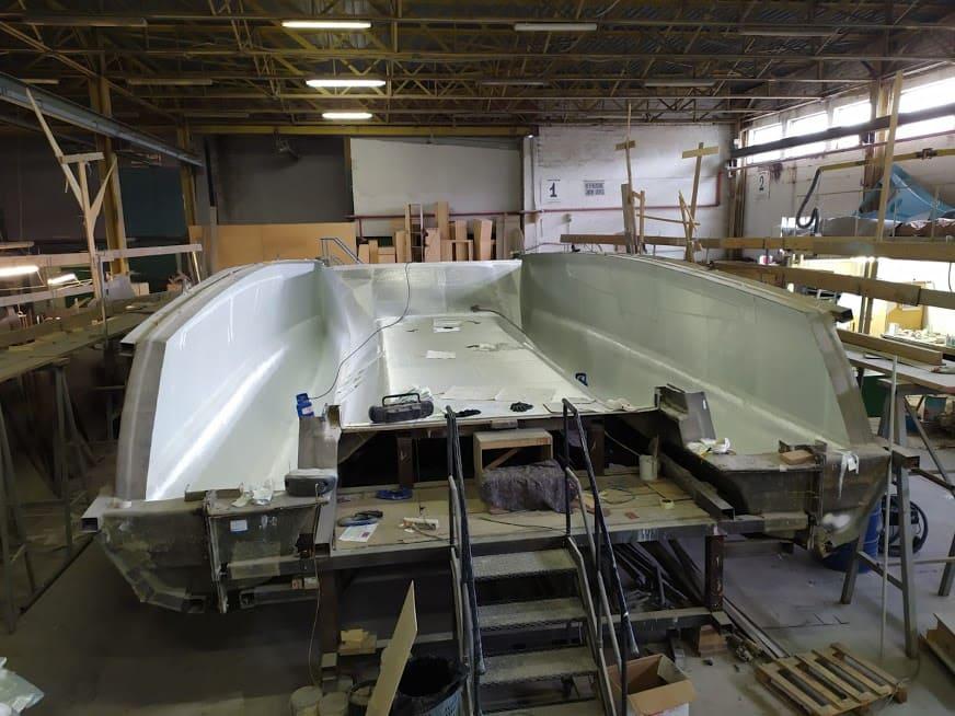 étape N°3  de la construction du catamaran c-cat 37