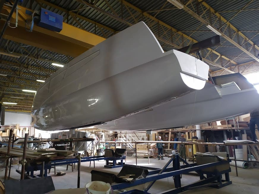 catamaran c-cat 37 en construction